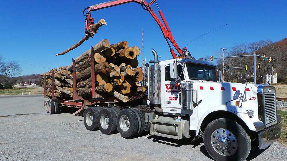 Heavy Equipment Hauling Central TN